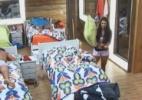 Nuelle tenta arrumar as camas enquanto peões dormem - Reprodução/Record