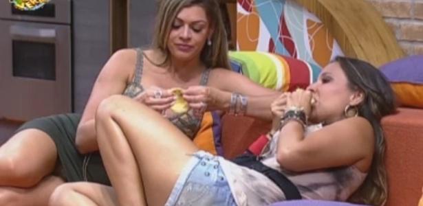 Angelis revela para Manoella o que faria com o prêmio do reality