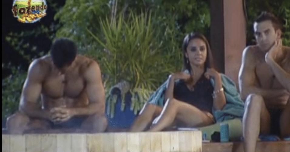 Dan, Flávia e Carril ouvem Karine ler nova punição