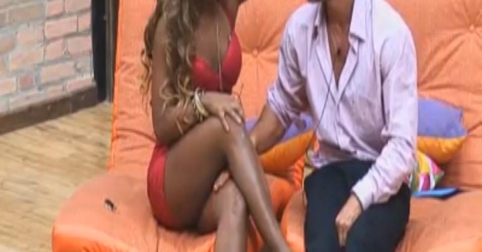 Victor ficará com Karine, mulher do melhor amigo