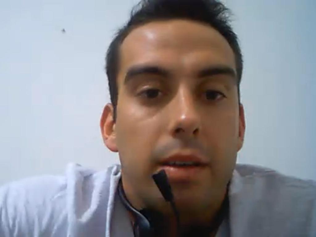 Rodrigo Carril conversa com internautas
