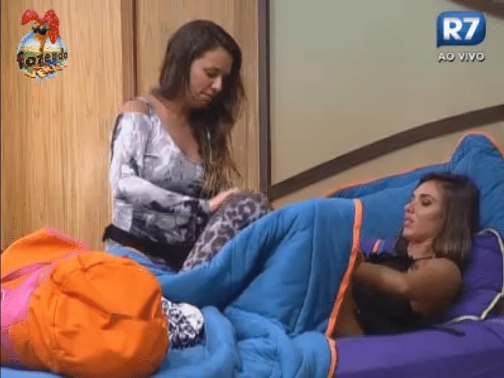 Angelis e Nicole falam sobre assuntos extra reality