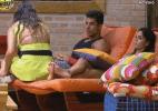 Entre Flávia, Victor e Angelis, Dan diz escolher a assessora para ir à roça - Reprodução/Record