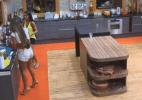 Angelis, Dan e Flávia afirmam terem visto vultos pela sede do reality - Reprodução/Record