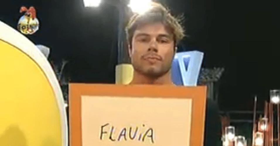 Victor mandou a Flávia para a roça pelo poder do envelope dourado