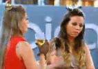 Manoella e Angelis se desentendem antes da festa, na quarta-feira (9) - Reprodução/Record