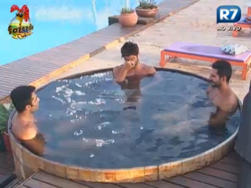 Thyago, Victor e Dan comentam atividade