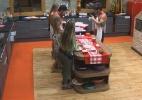 Peões ganham atividade na cozinha como prêmio da atividade de arco e flecha - Reprodução/Record