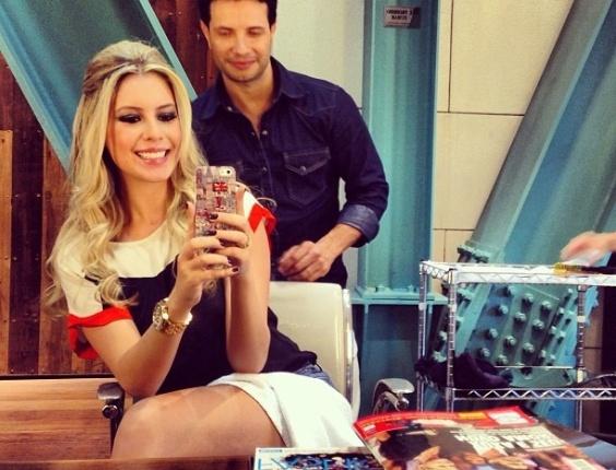 Bianca Luperini postou uma foto ainda no salão