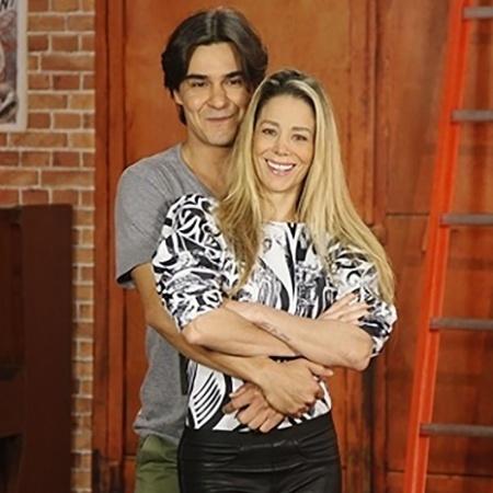 Danielle Winits com o ator André Gonçalves; casal oficializou a união em 24 de novembro - Artur Meninea/TV Globo
