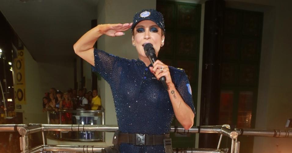 Claudia Leite comanda seu trio elétrico em Salvador
