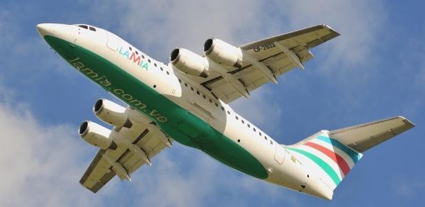 Avião da Lamia, empresa que transportou time da Chapecoense, dirigentes e jornalistas em voo trágico
