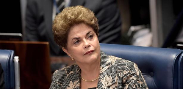 A então presidente afastada Dilma Rousseff no julgamento do impeachment no Senado - Evaristo Sá/AFP