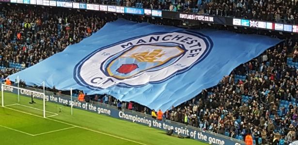 O Manchester City também não poderá reforçar a base por dois anos - false